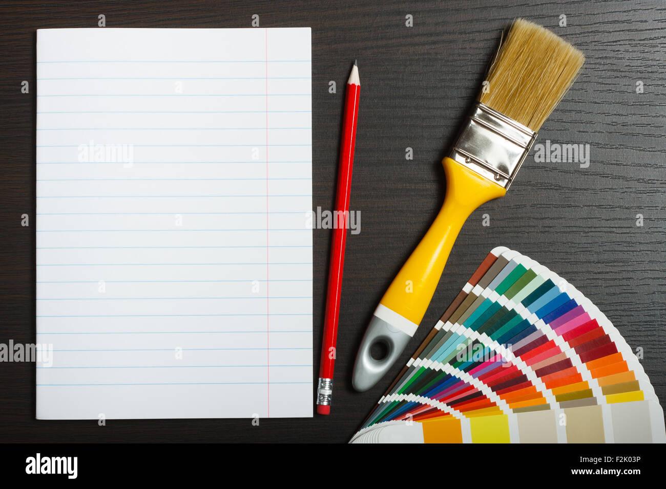 Verniciare Una Scrivania.La Preparazione Per La Verniciatura Carta Bianca Carta E