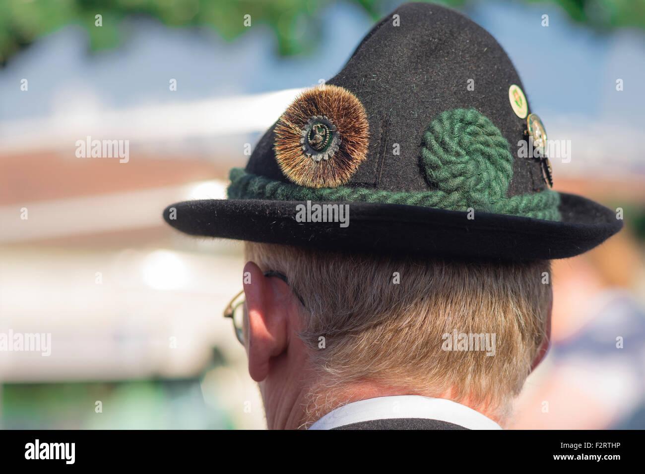 boutique outlet 100% di soddisfazione bel design Cappello tirolese in Austria. In un festival di Vienna un ...