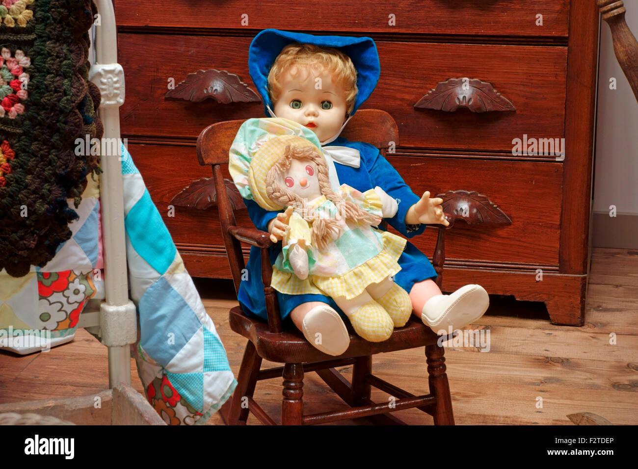 Sedia A Dondolo Per Bambini Mista : Baby dolls immagini baby dolls fotos stock alamy