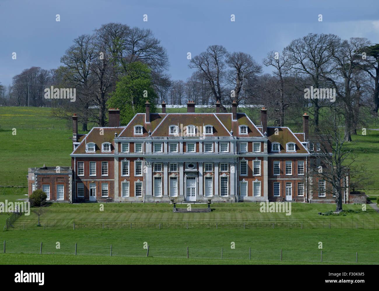 Waldershare Park, Kent. Inizio del XVIII secolo la casa di mattoni rossi Foto Stock