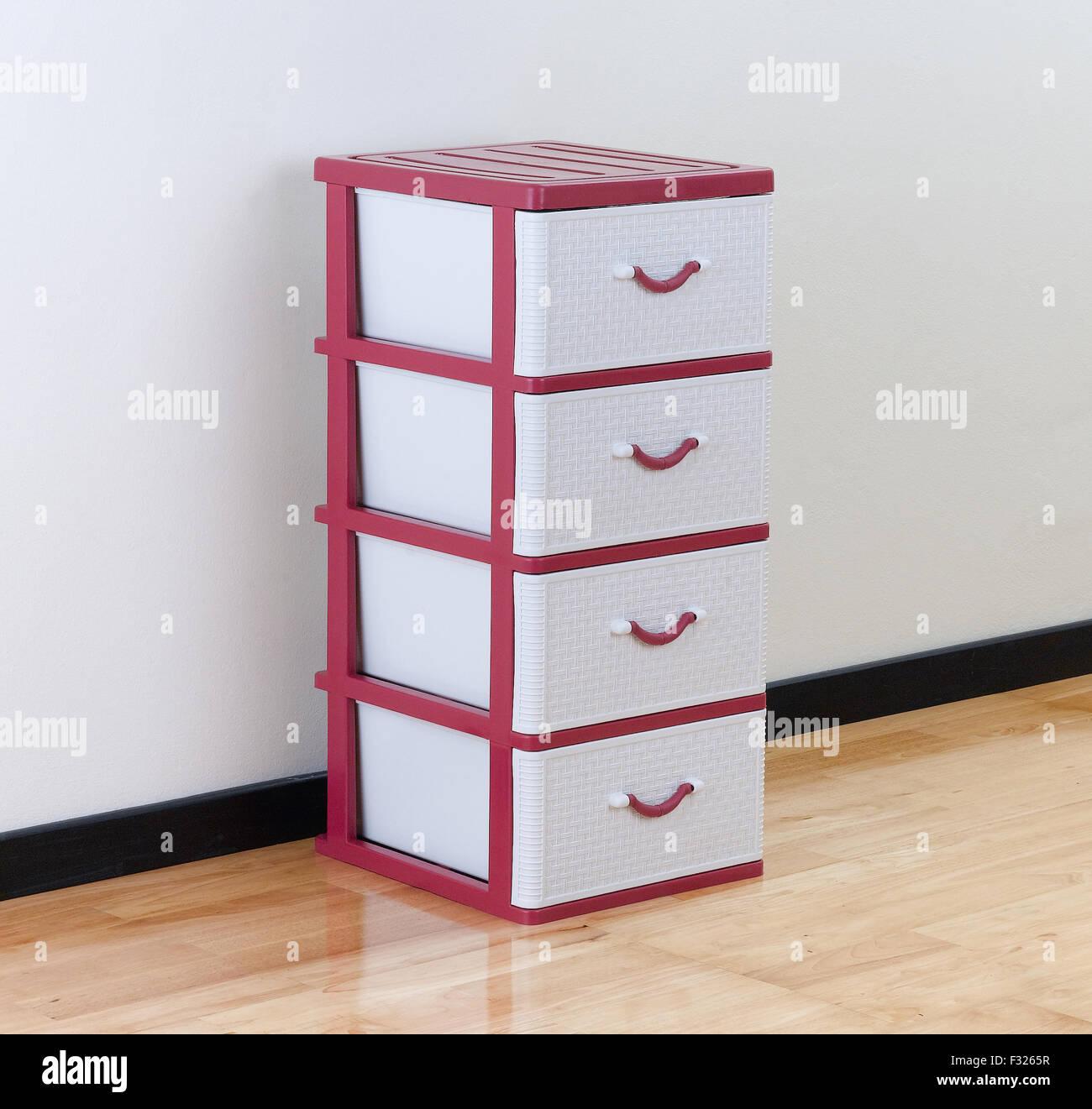 Cassettiere Per Ufficio Plastica.Cassetti Di Plastica Immagini Cassetti Di Plastica Fotos Stock