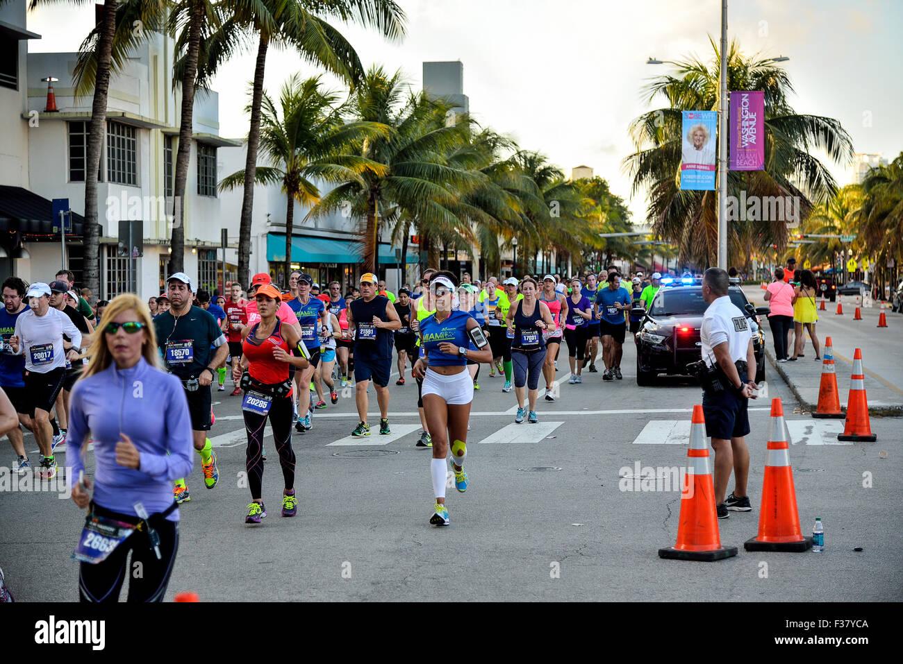 Florida Miami Beach Washington Avenue a Miami il giorno della maratona Immagini Stock