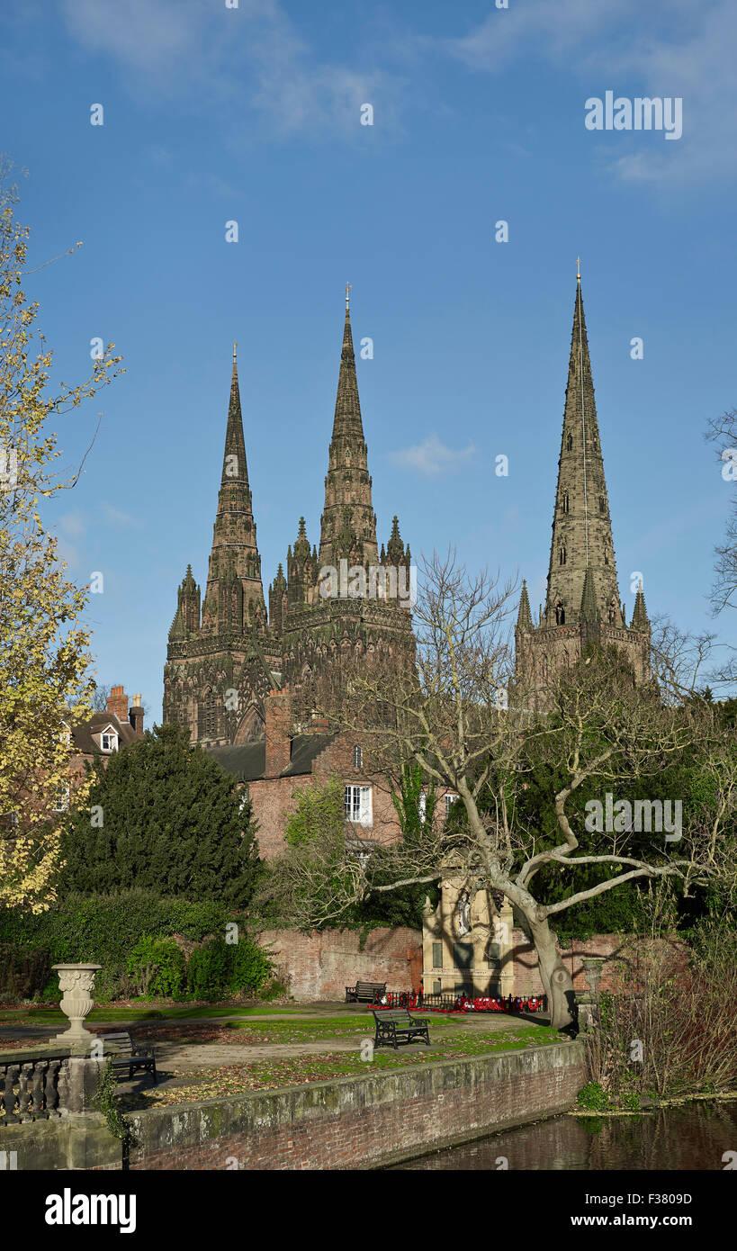 Lichfield Cathedral tre guglie Immagini Stock