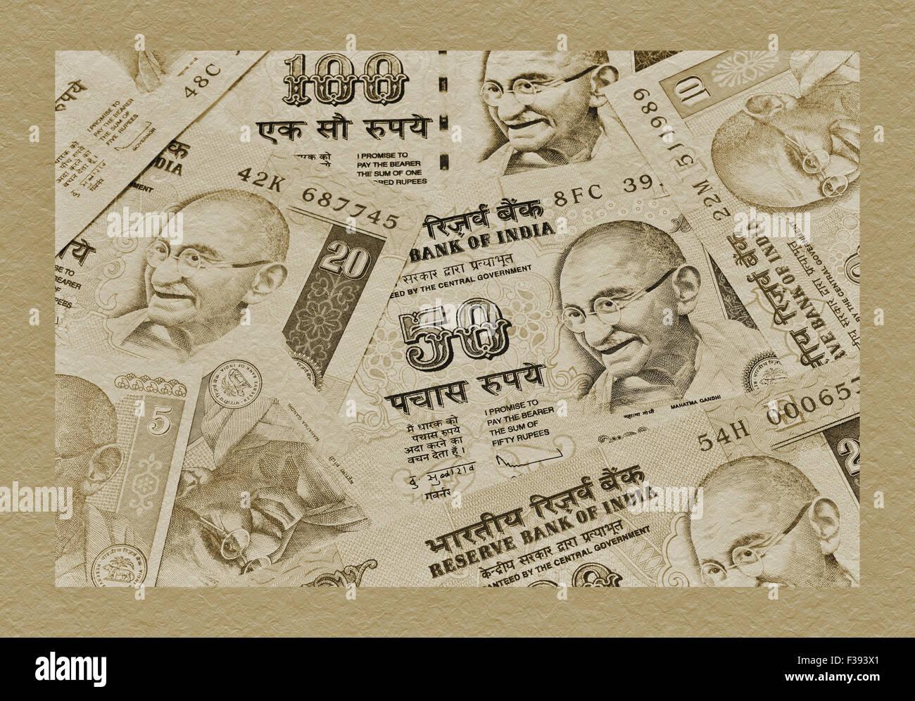 Molte Rupie Indiane fatture con il ritratto del Mahatma Gandhi affiancati, India, Asia Immagini Stock