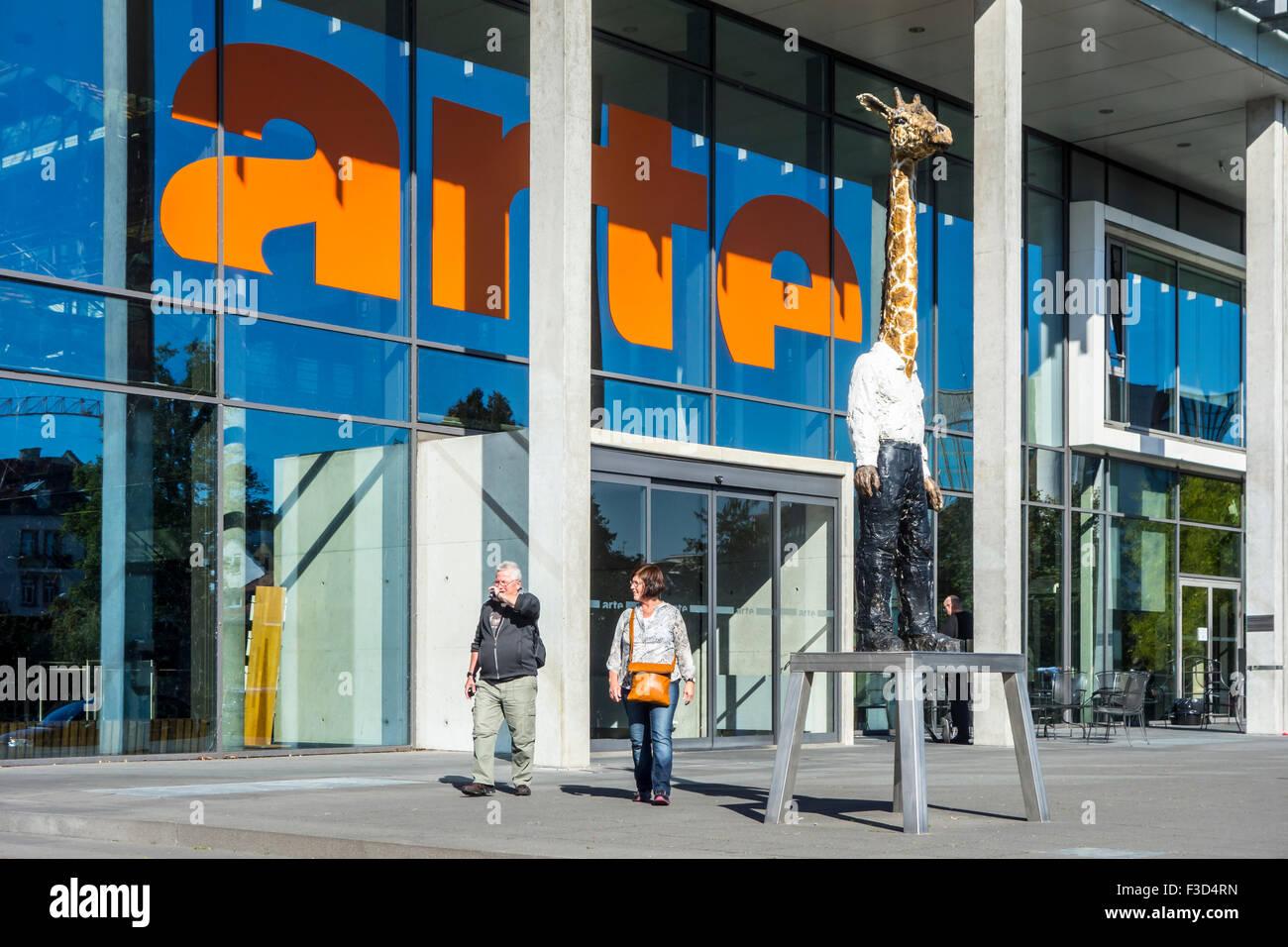 Ingresso del l'arte edificio, franco-tedesco di rete TV e canale europeo di Strasburgo, Francia Immagini Stock