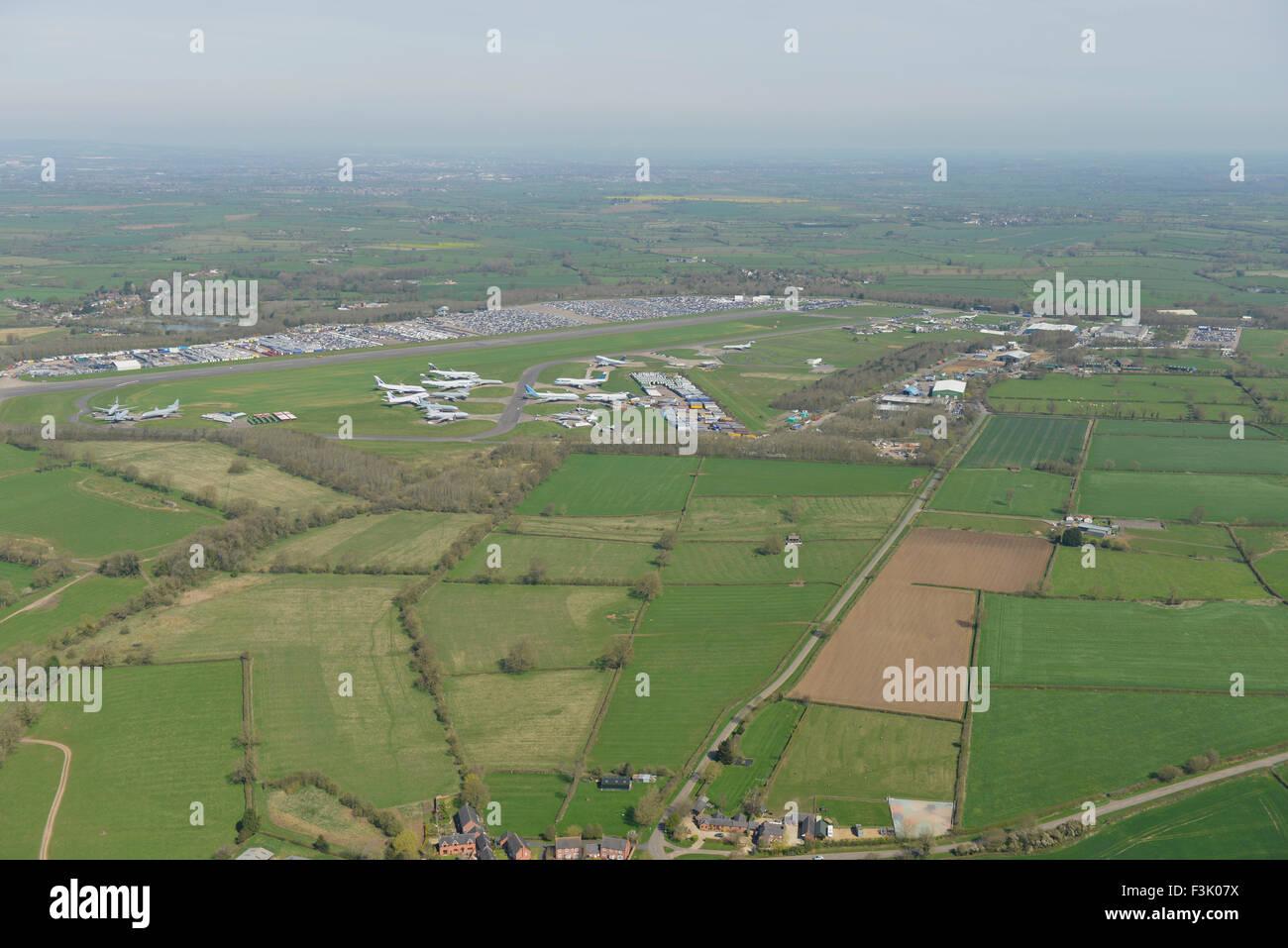 Fotografia aerea di Bruntingthorpe Aerodrome e veicolo Proving Ground, Leicestershire Immagini Stock