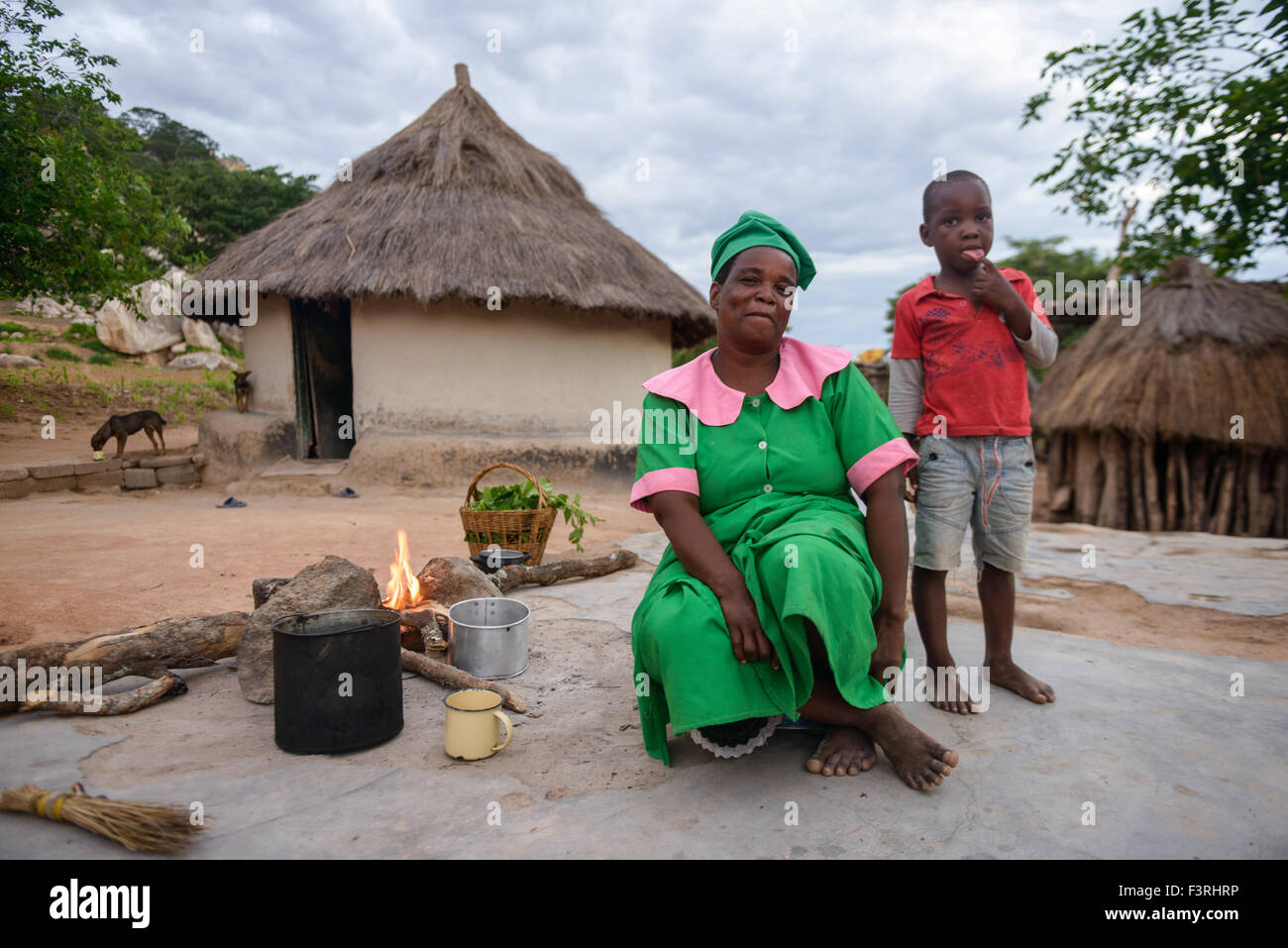 La vita del villaggio, Zimbabwe Africa Immagini Stock
