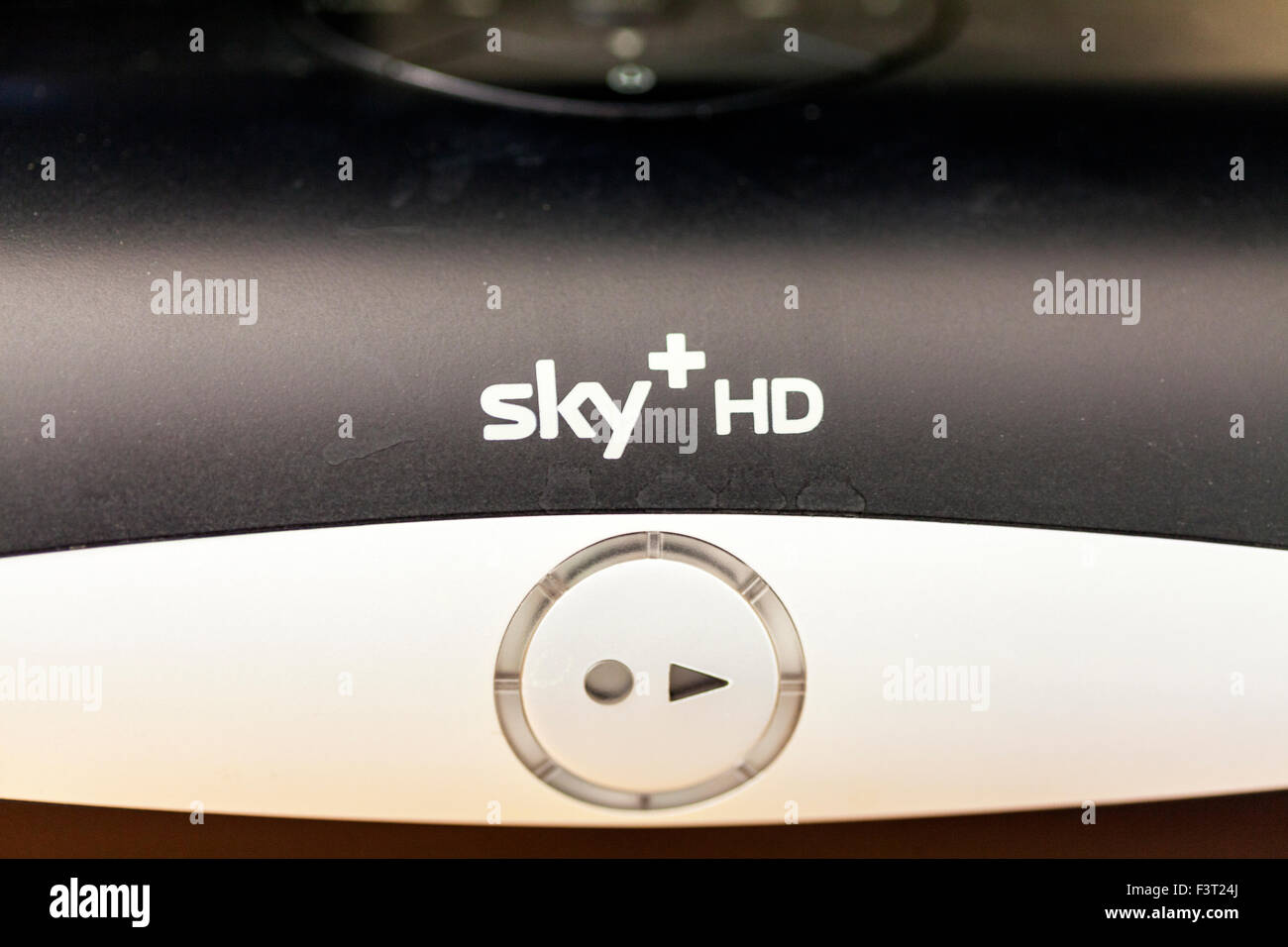 Box Sky HD TV televisione satellitare streaming box Sky+ bskyb Nome del logo Immagini Stock