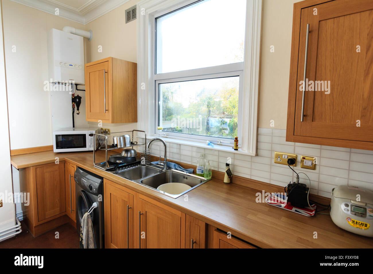 Piano Cucina In Legno Lamellare : Di recente decorate cucina con armadi in legno lamellare e