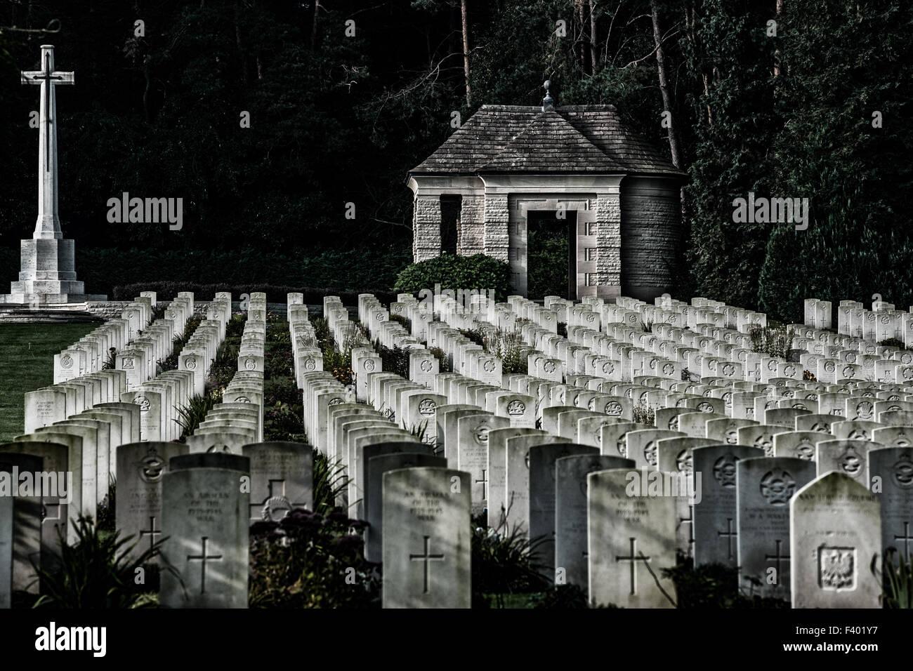 tombe di guerra Foto Stock
