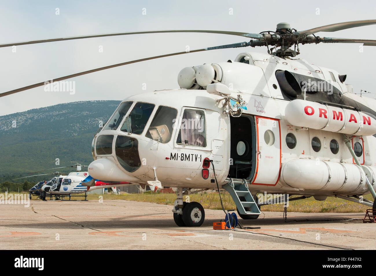 Elicottero 8 : Mil mi elicottero usato per estinzione dell antenna in turchia