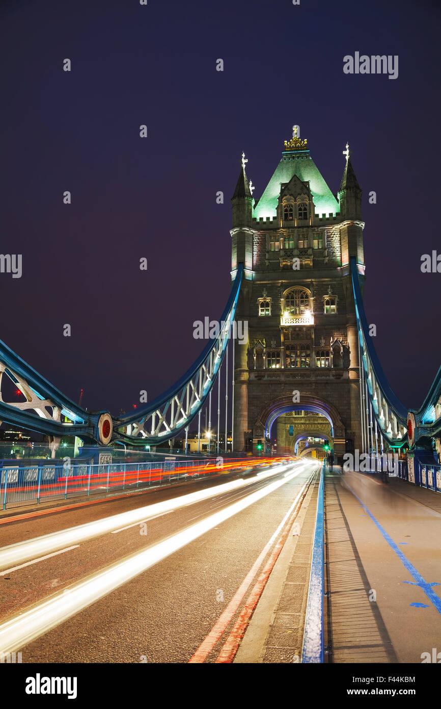 Il Tower Bridge di Londra, Gran Bretagna Foto Stock