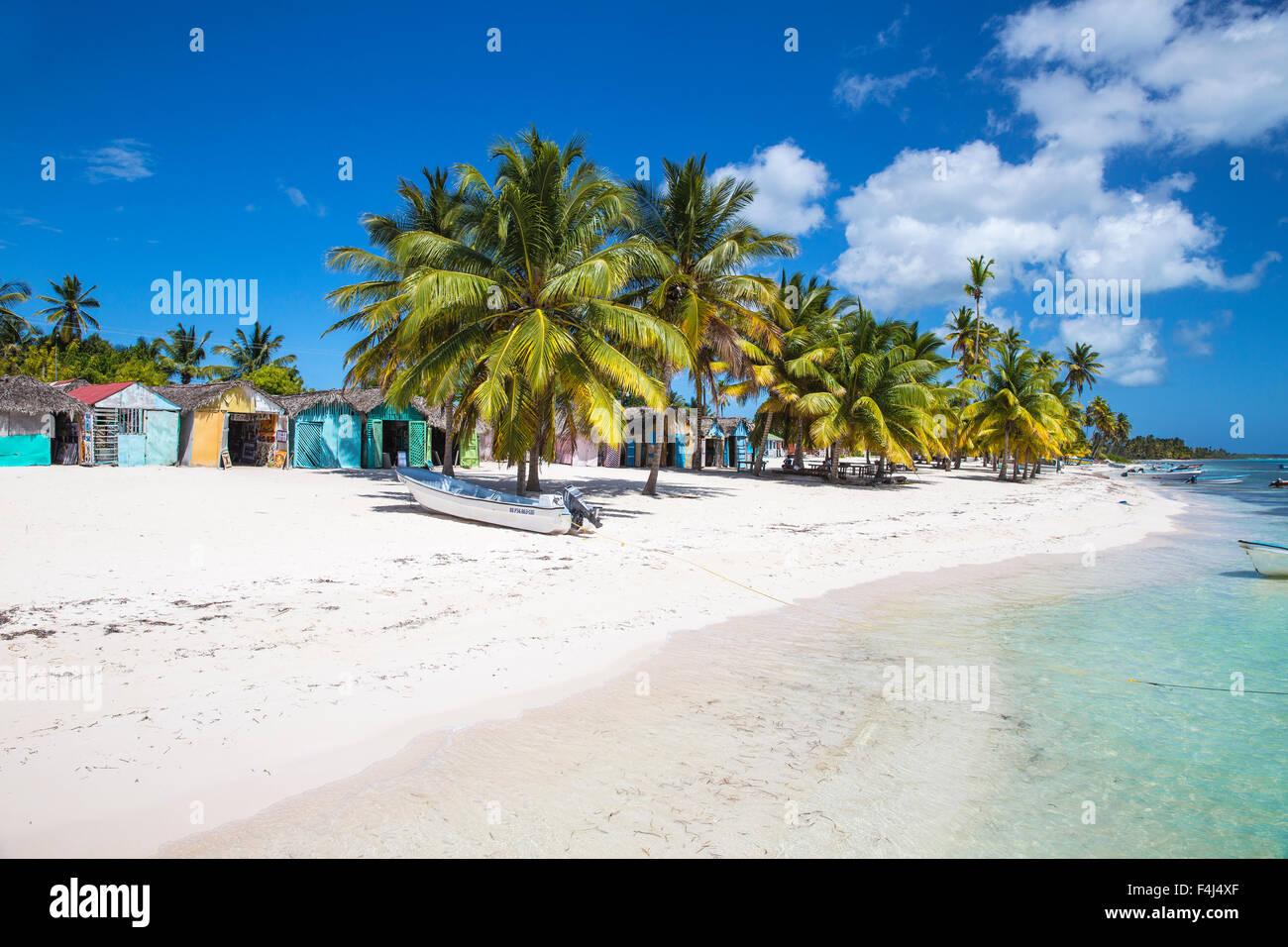 Mano Juan, un pittoresco villaggio di pescatori, Saona Island, Parque Nacional del Este, Punta Cana, Repubblica Immagini Stock