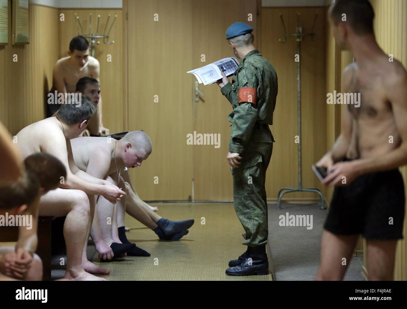 Ufficio Di Leva : Ivanovo russia xix oct i militari di leva visto durante