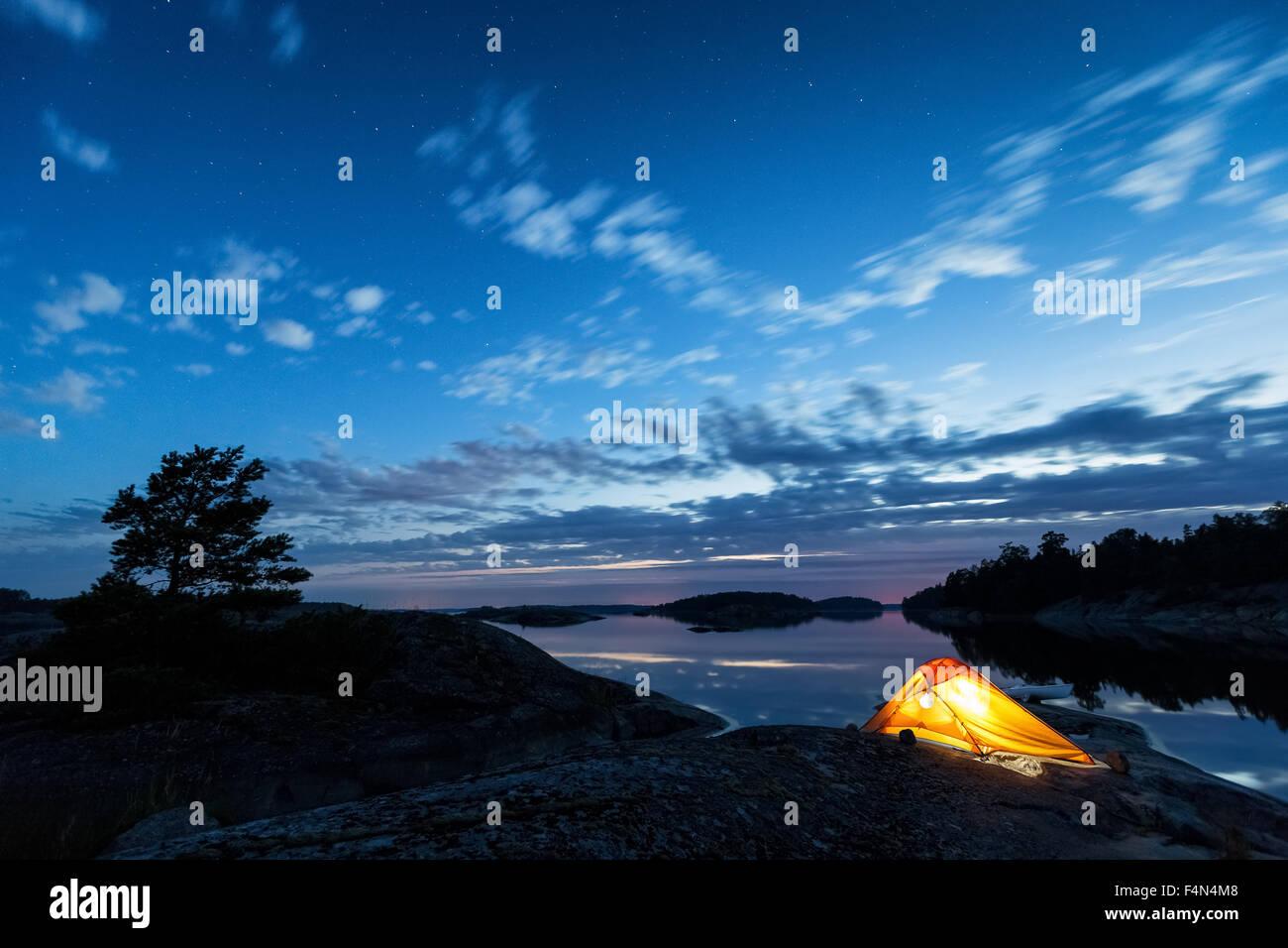 Campeggio a Tammisaari arcipelago, Tammisaari, Finlandia, Europa, UE Immagini Stock