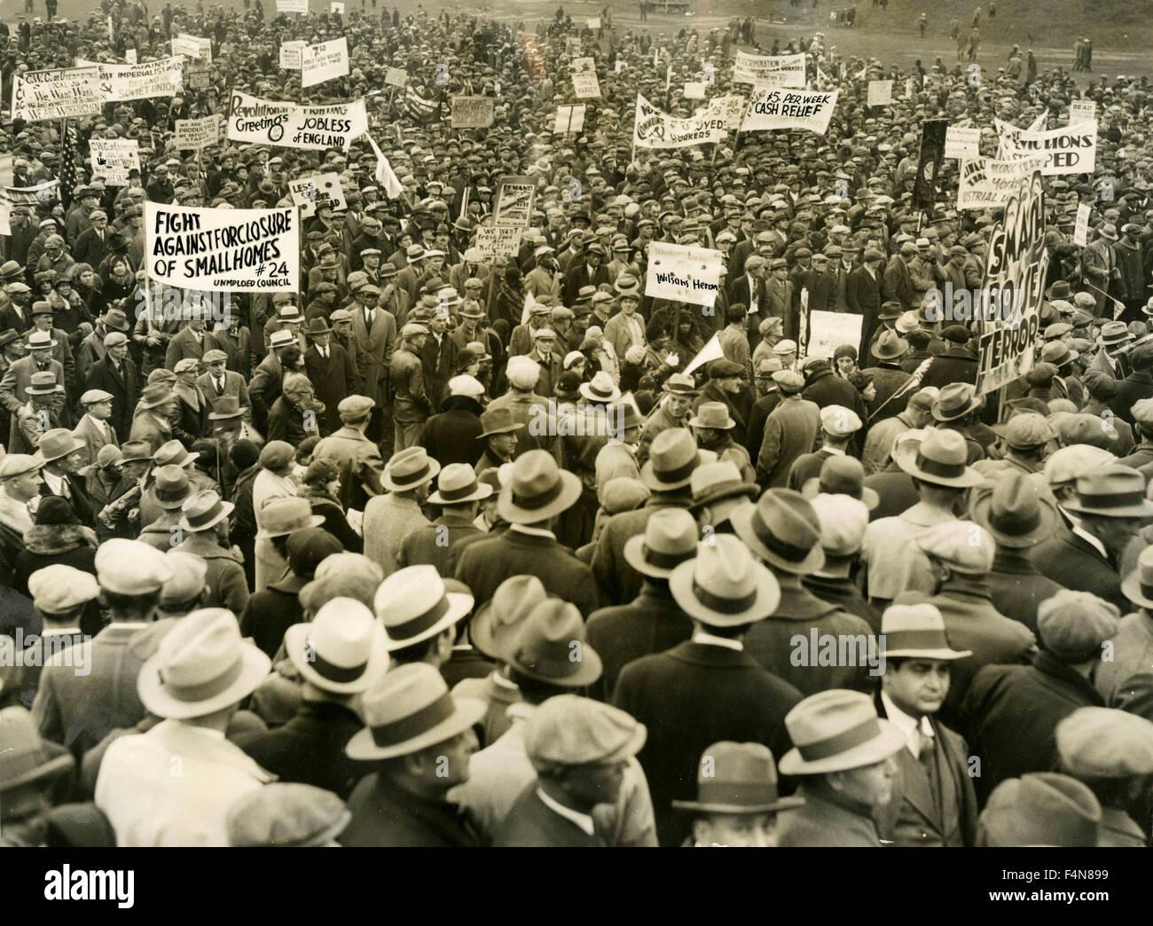 Incontro dei disoccupati in Grant Park durante la Grande Depressione, Chicago, USA Immagini Stock