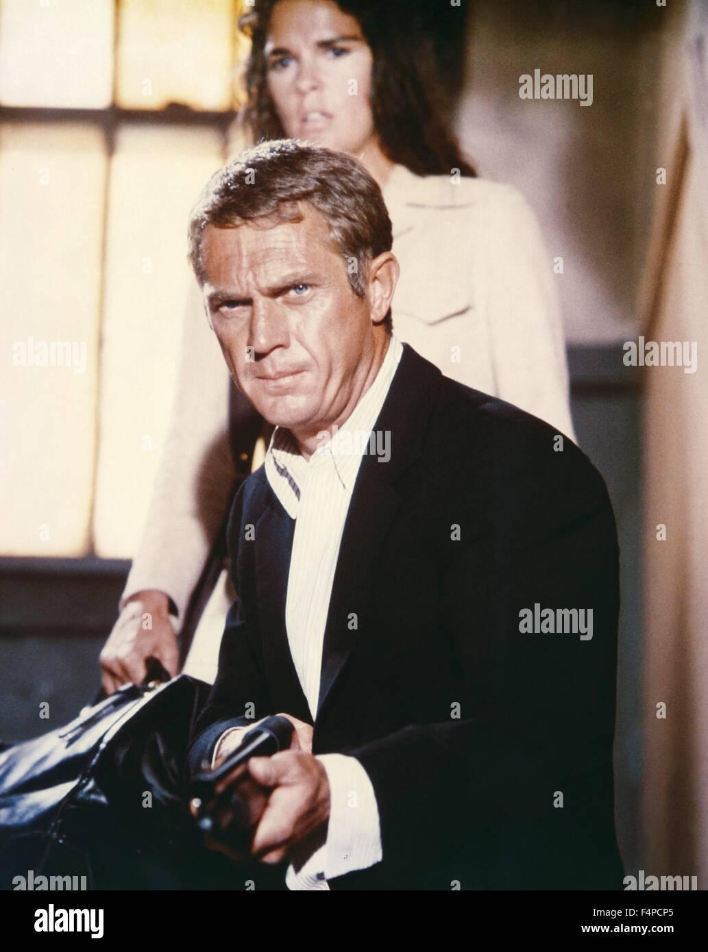 Steve McQueen, Ali Mac Graw / The Getaway 1972 diretto da Sam Peckinpah Immagini Stock