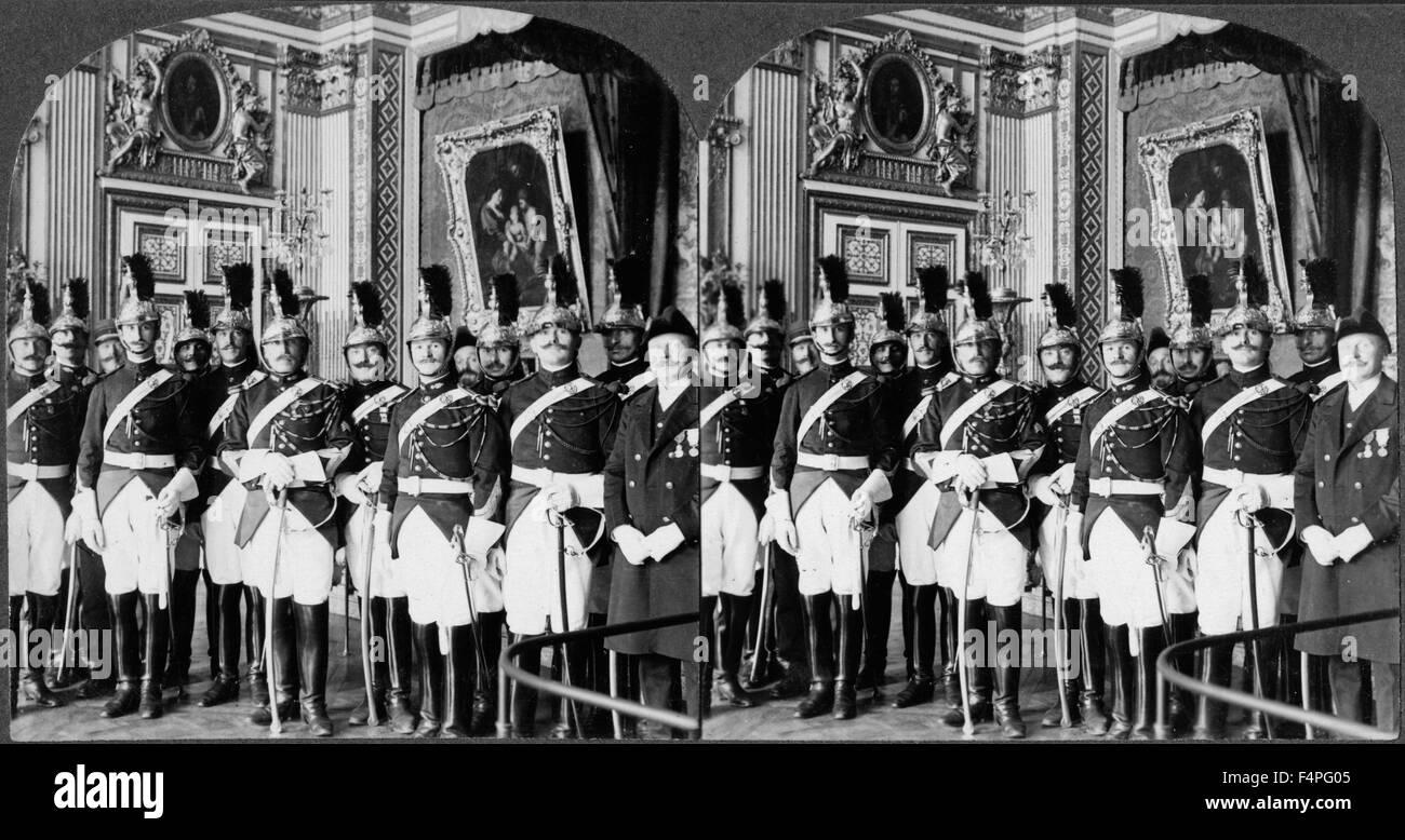Le protezioni della Repubblica, Palazzo di Versailles durante la firma del trattato, Francia, Keystone View Company, Immagini Stock