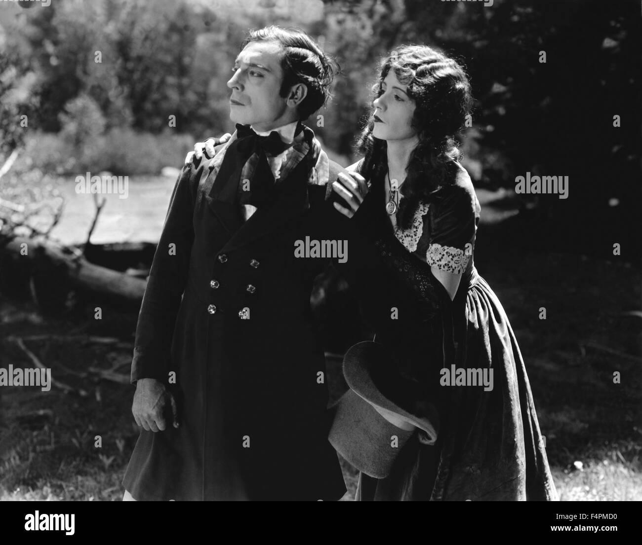 Buster Keaton e Natalie Talmadge / La nostra ospitalità / 1923 diretto da Buster Keaton e John G. Blystone Immagini Stock