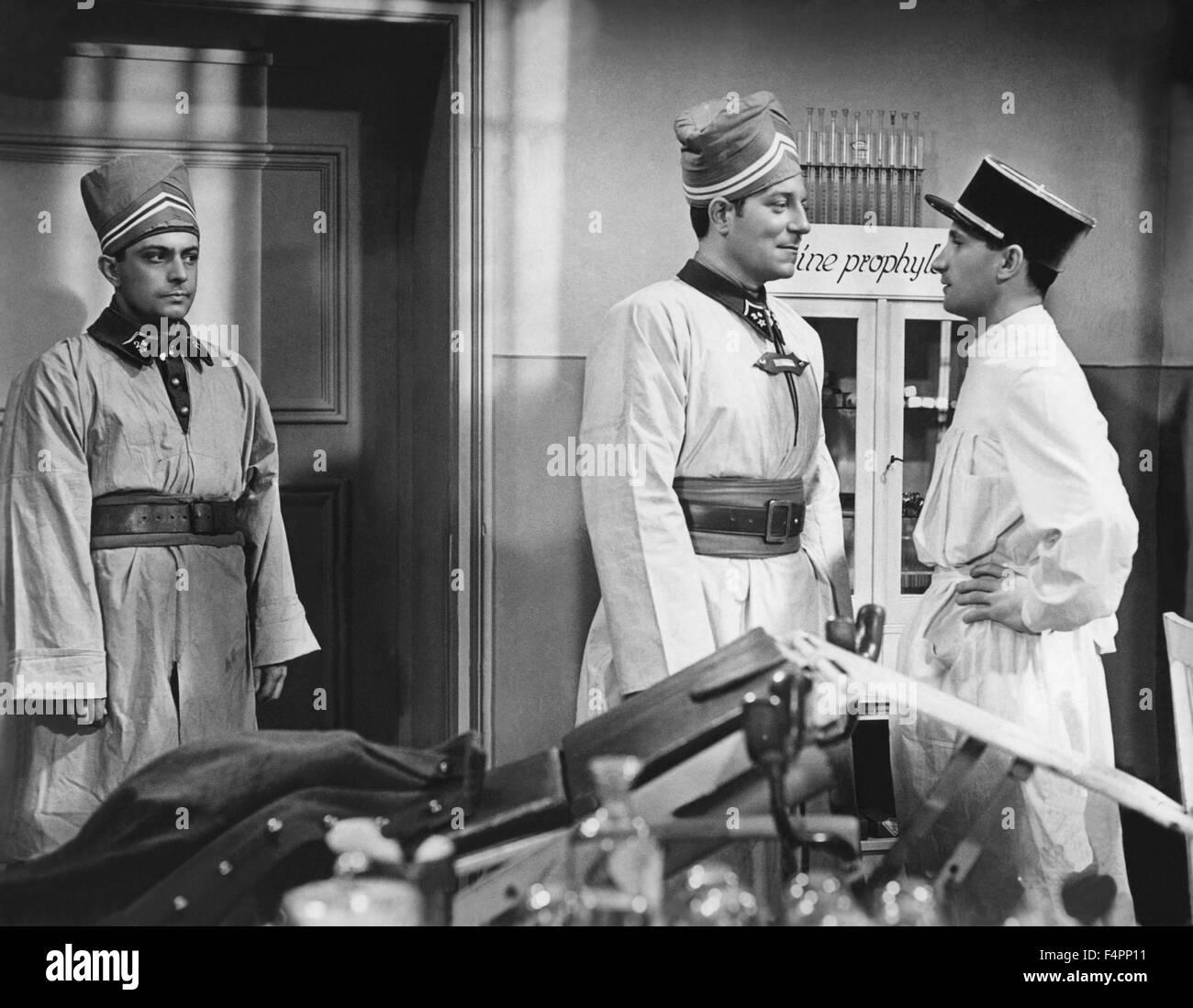 Jean Gabin e Rene Lefevre / Lady Killer / 1937 diretto da Jean Gremillon Immagini Stock