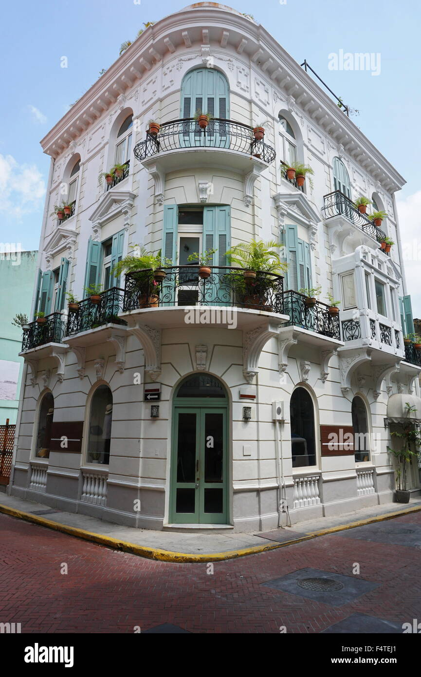 Lo spagnolo casa coloniale nel Casco Antiguo, il quartiere storico della città di Panama, Panama America Centrale Immagini Stock