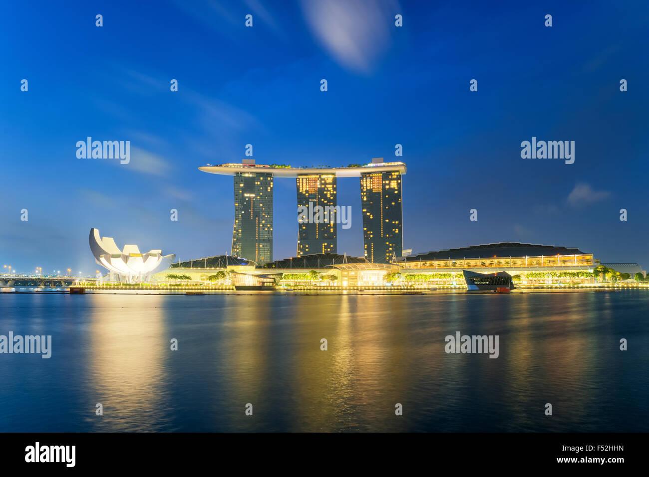 Bellissima alba di Marina Bay a Singapore Immagini Stock