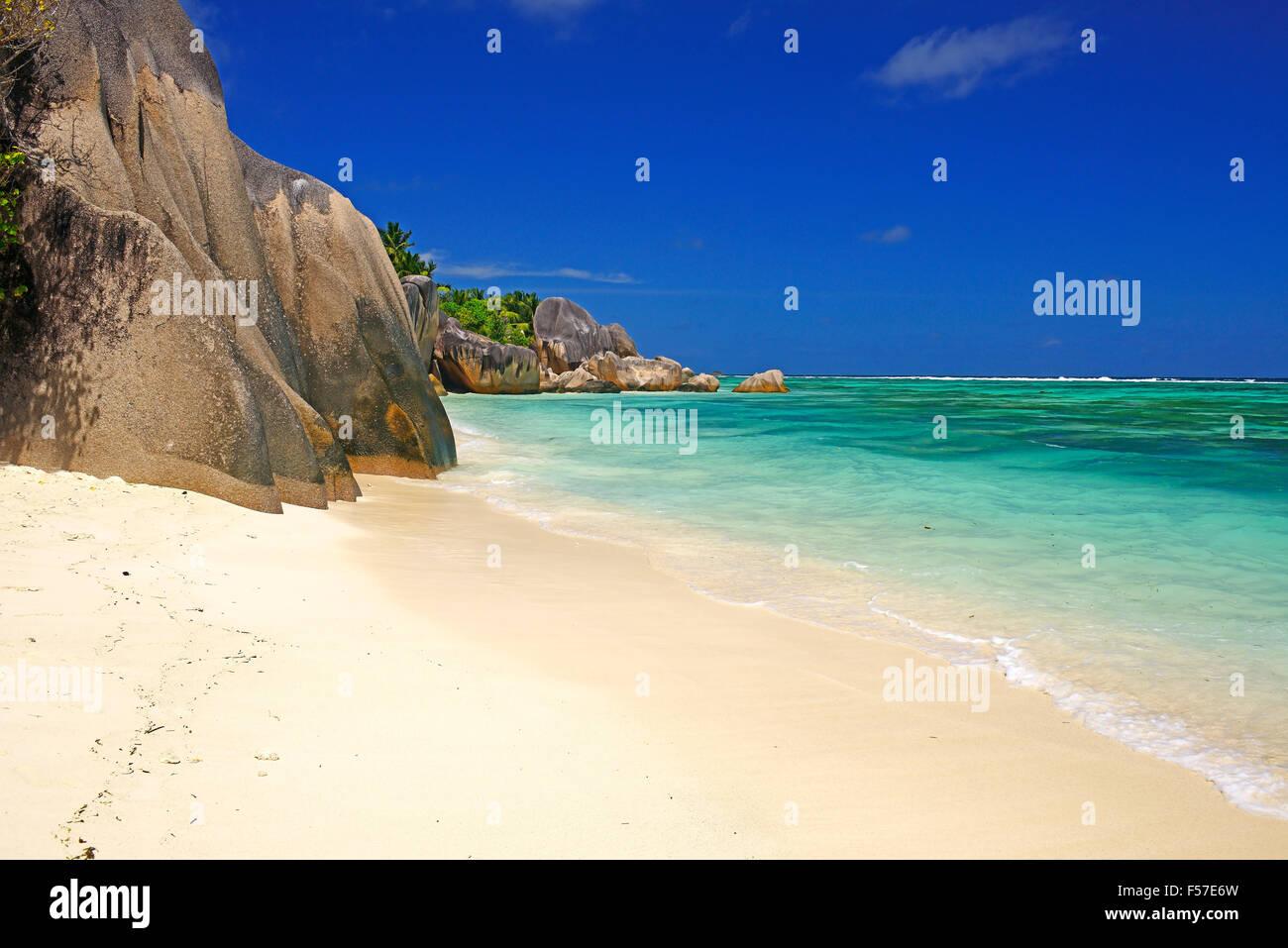 Fonte d'Argent beach, rocce di granito spiaggia da sogno, La Digue Island, Seicelle Immagini Stock
