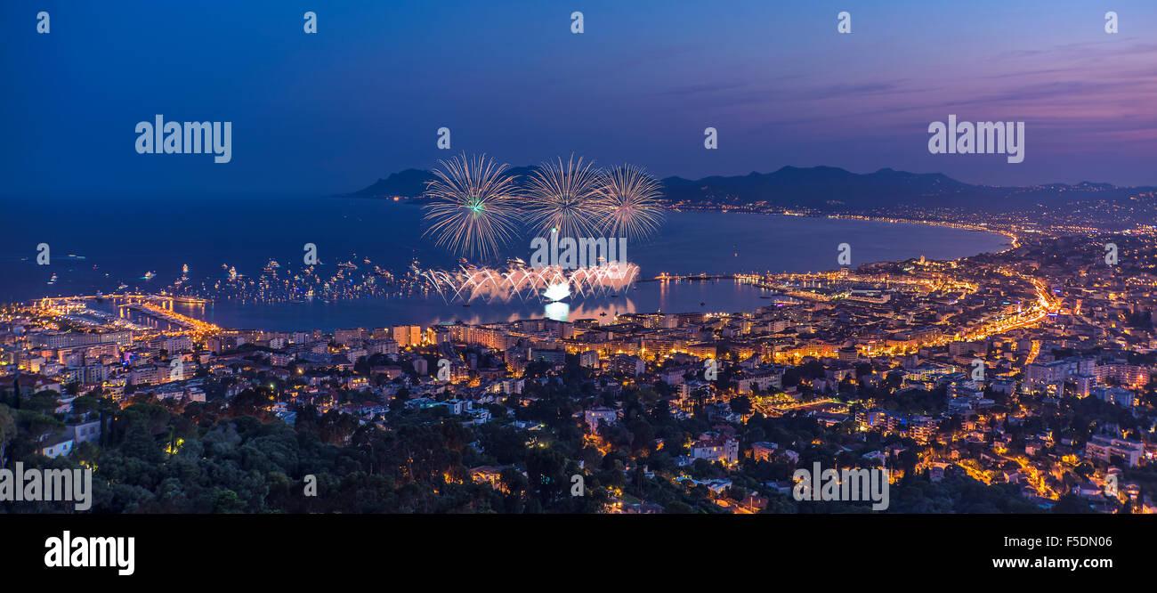 Fuochi d' artificio a Cannes Immagini Stock