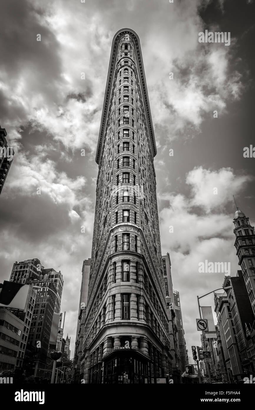 Verticale di New York: il Flatiron Building. Uno dei primi grattacieli di New York City si trova nel quartiere Flatiron Immagini Stock