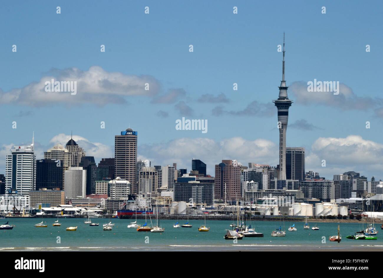 Lo skyline di Auckland, Nuova Zelanda Immagini Stock