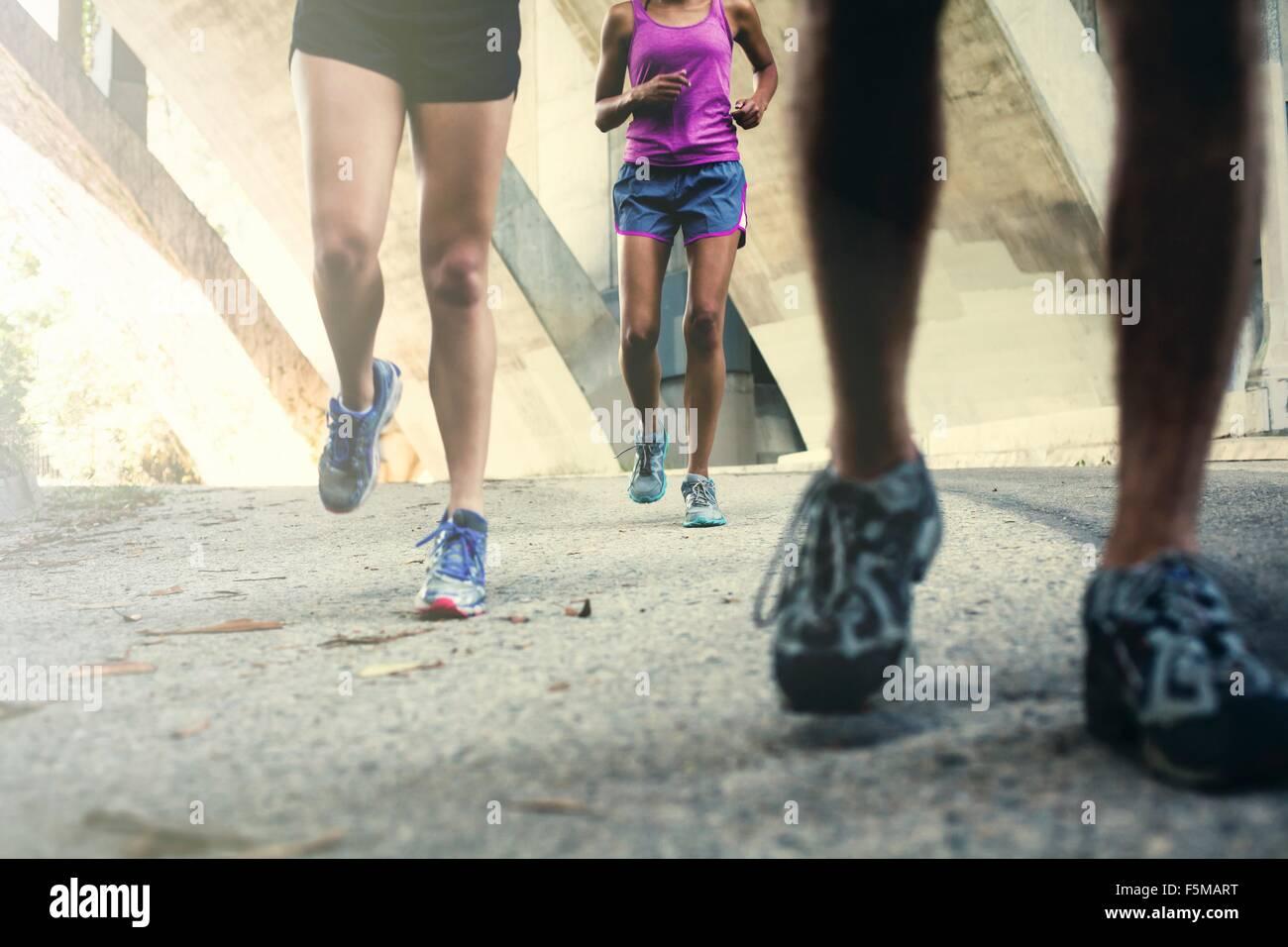 Per chi ama fare jogging in esecuzione sul ponte Immagini Stock