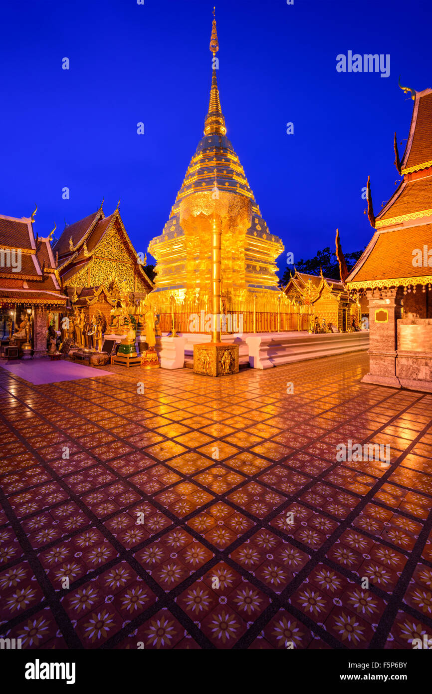 Wat Phra That Doi Suthep Temple di Chiang Mai, Thailandia. Foto Stock