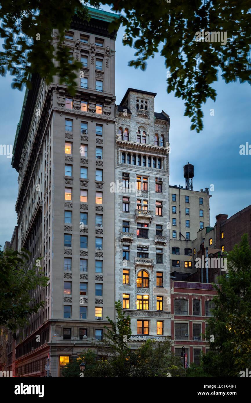 Di sera presto vista del Decker edificio e le sue intricate facciata in cotto, Union Square, Manhattan New York Immagini Stock