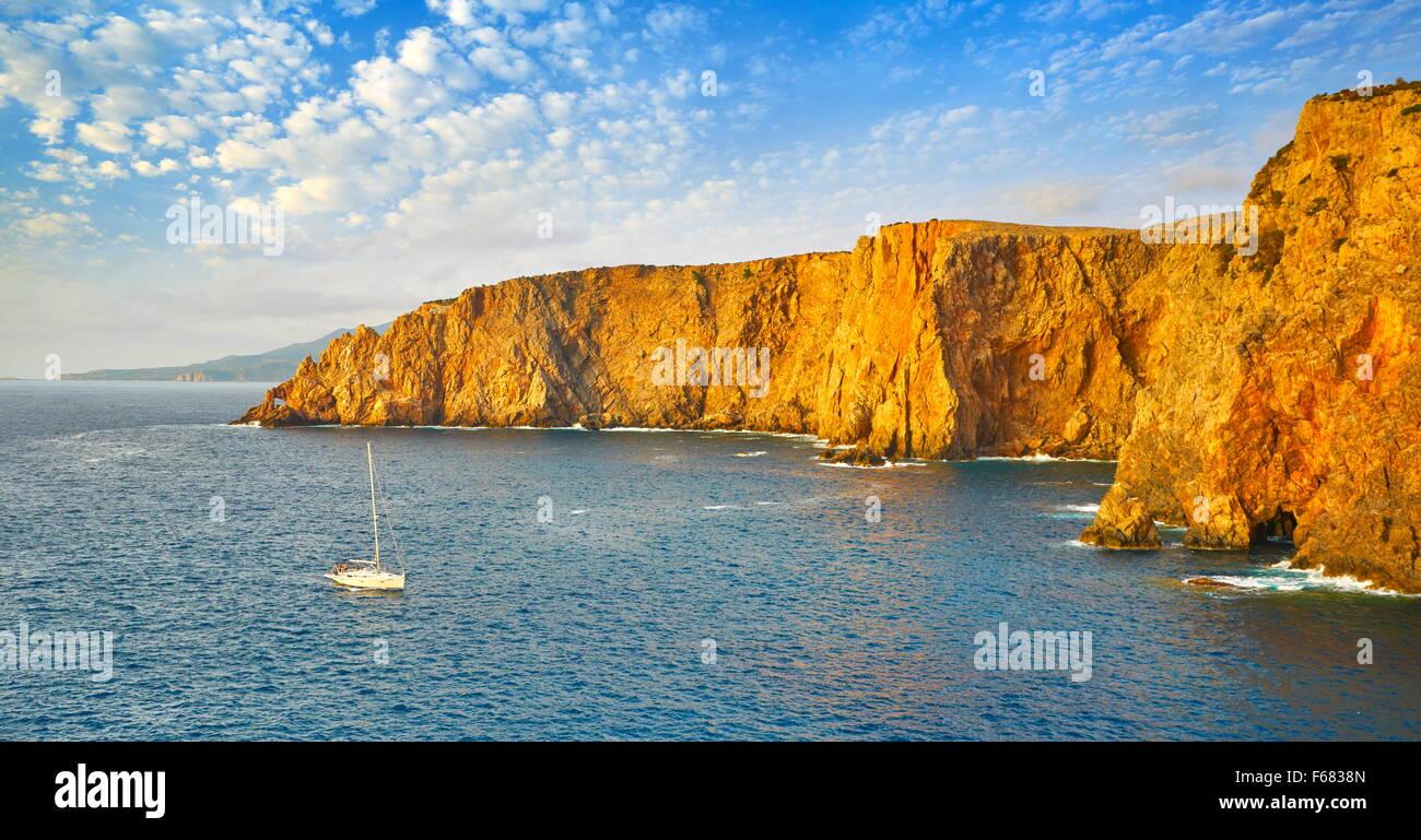 L'Isola di Sardegna - Cala Domestica Bay, Buggerru, Italia Immagini Stock