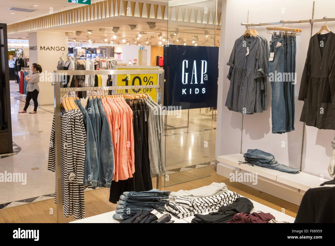 competitive price c99fa 11f8e Gap kids negozio di abbigliamento in Hanoi centro ...