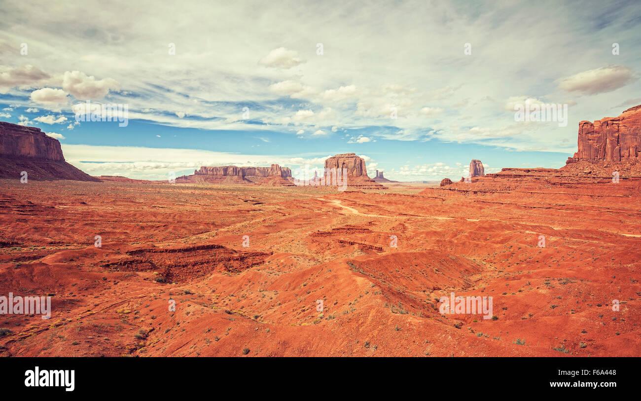 Vintage vecchio stile film foto della Monument Valley, Utah, Stati Uniti d'America. Foto Stock