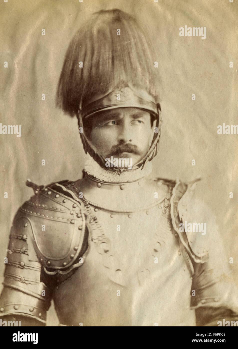 Un uomo in armatura, Italia Immagini Stock