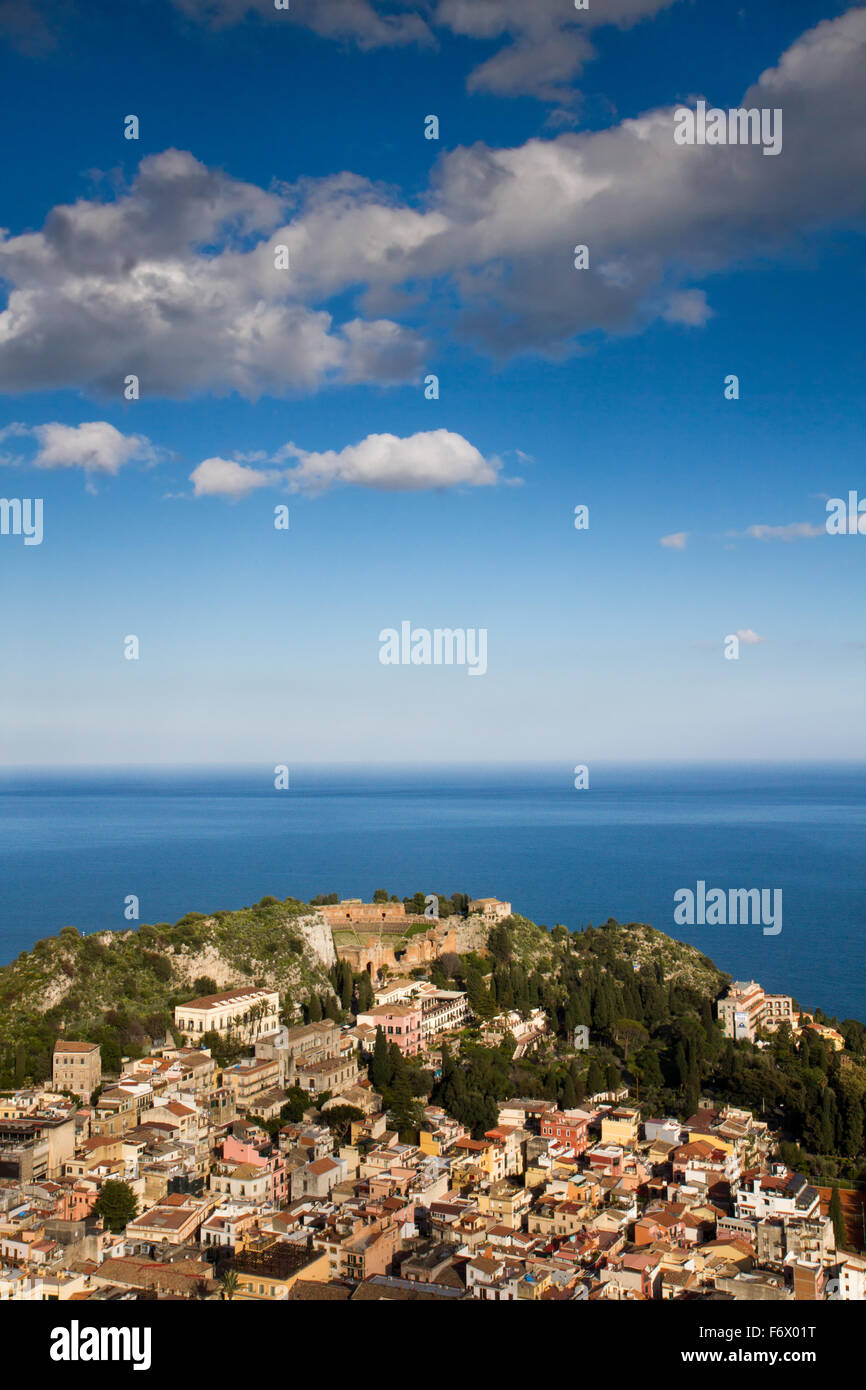 Panorama di Taormina, Sicilia, Italia Immagini Stock