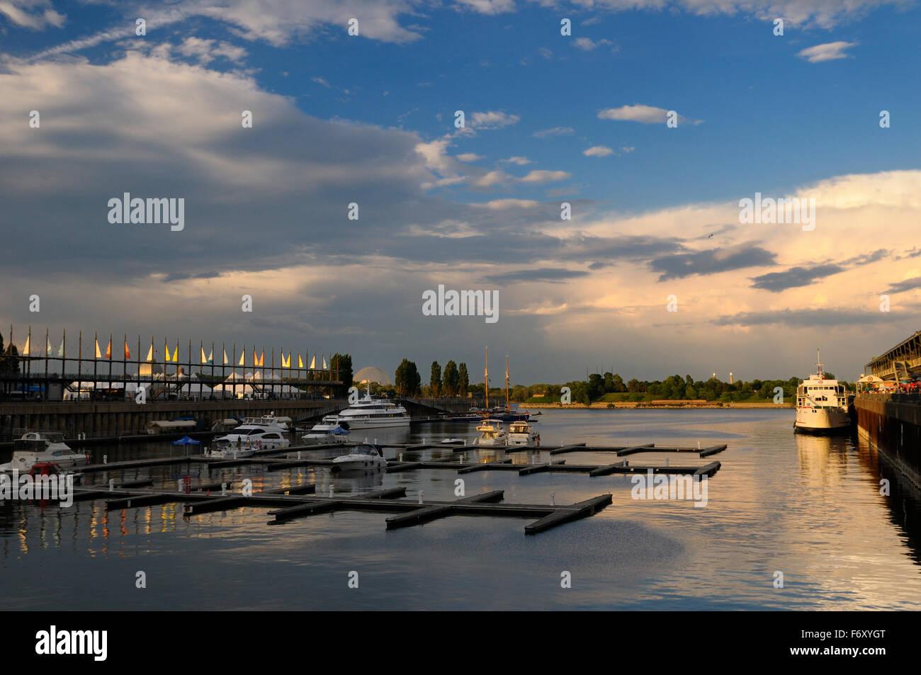 Jacques Cartier conca marina montreal canada al tramonto su una domenica sera Immagini Stock