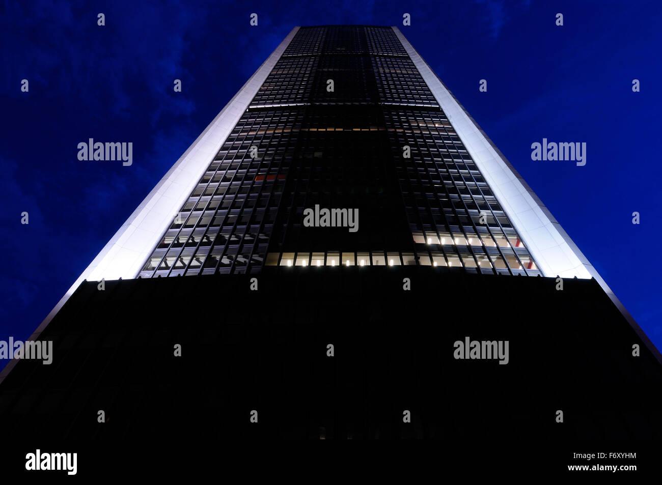 Borsa di montreal grattacielo Torre in piazza victoria al crepuscolo in Canada Immagini Stock