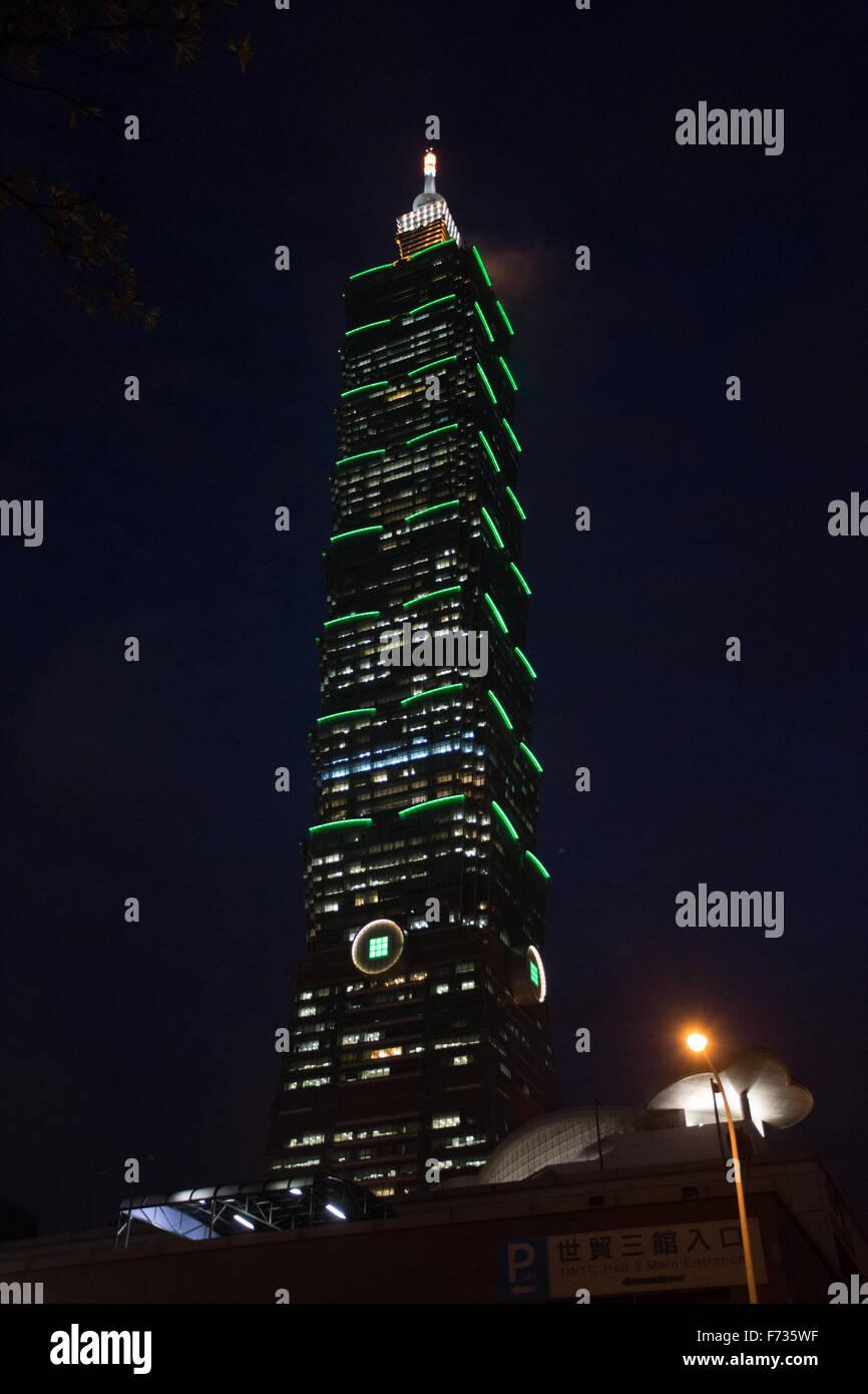 Taipei 101 notte Immagini Stock