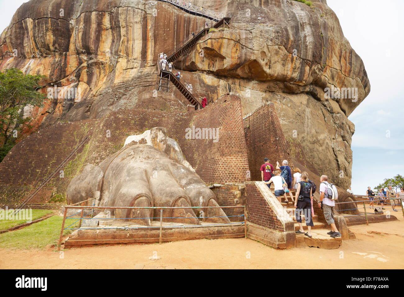 Sri Lanka - Sigiriya, Porta del Leone, antica fortezza, UNESCO Immagini Stock