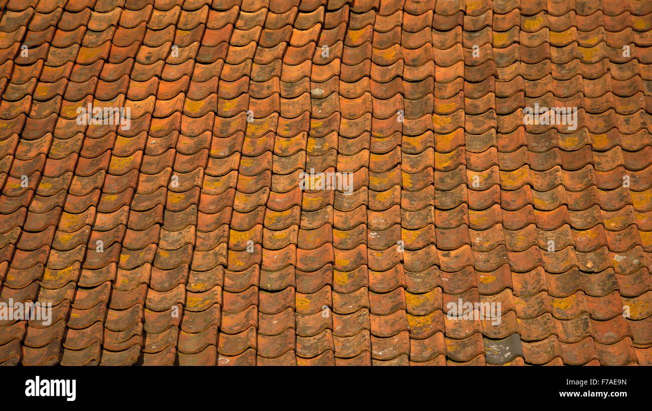 Vintage tetto arancione sfondo piastrelle foto immagine stock