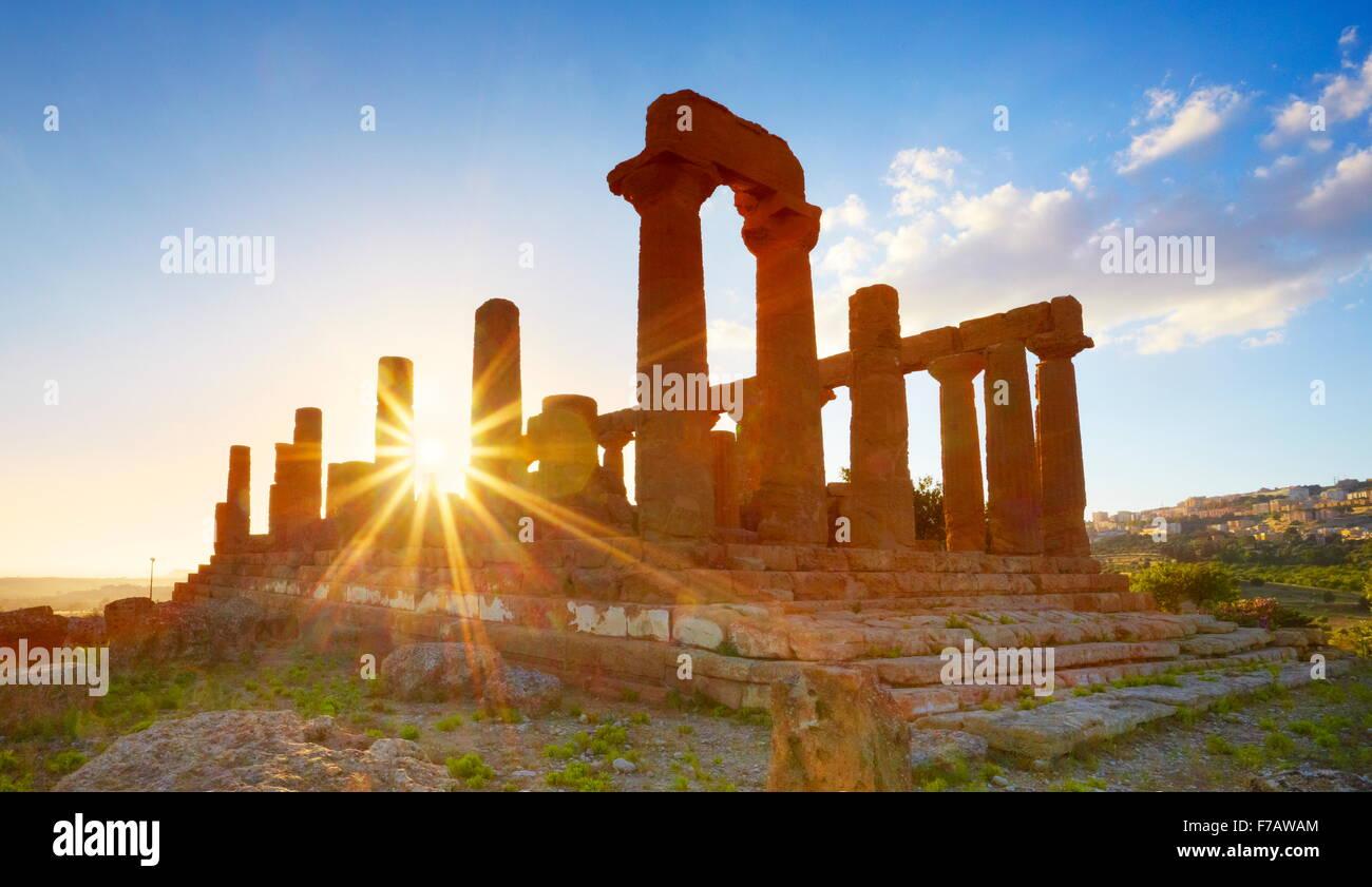 Tempio di Hera nella Valle dei Templi (Valle dei Templi, Agrigento (Girgenti), Sicilia, Italia UNESCO Immagini Stock