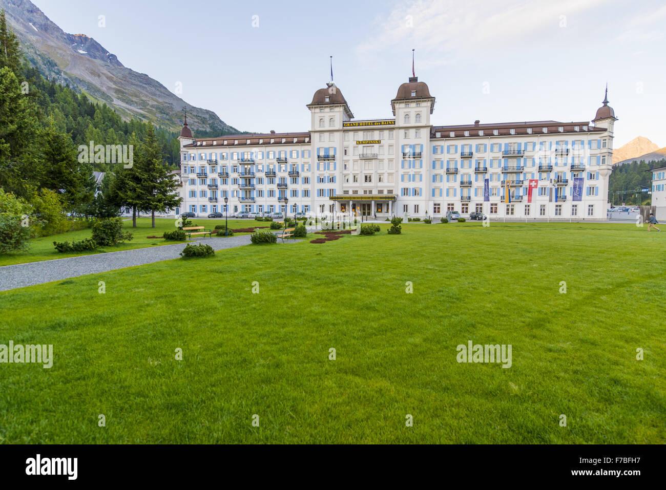 Kempinski Hotel di lusso, il Grand Hotel des Bains di sunrise, San Moritz Engadin, dei Grigioni, Svizzera, Grigioni Immagini Stock