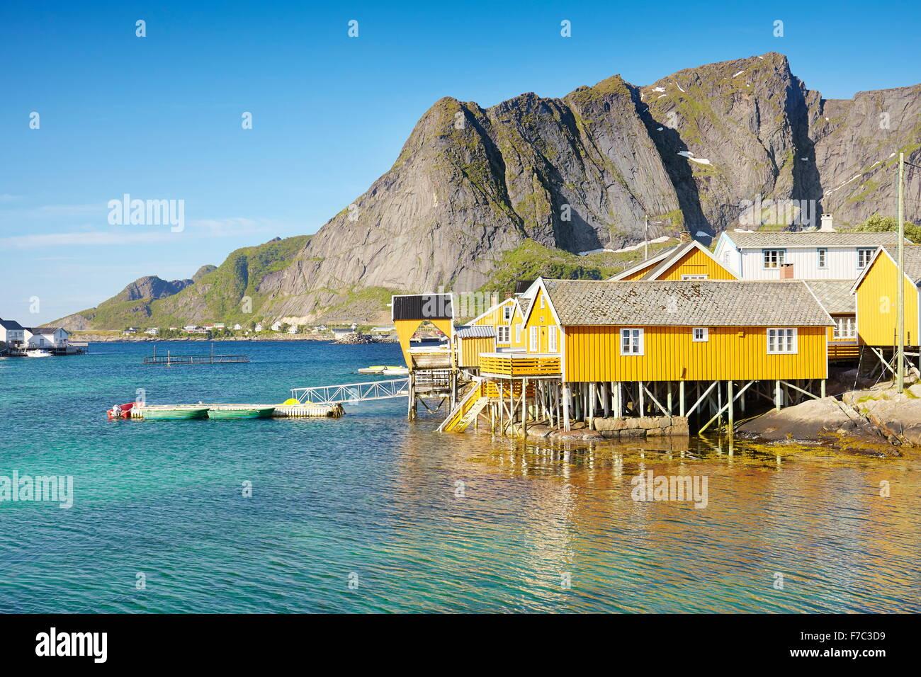 Taditional case di pescatori rorbu, Isole Lofoten in Norvegia Immagini Stock