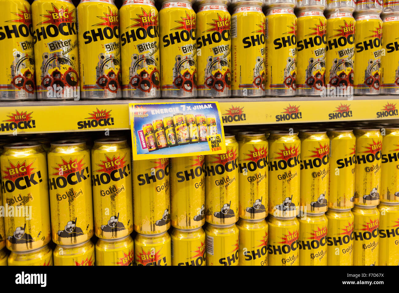 Energy Drink Shock , Repubblica Ceca supermercato vendite Immagini Stock
