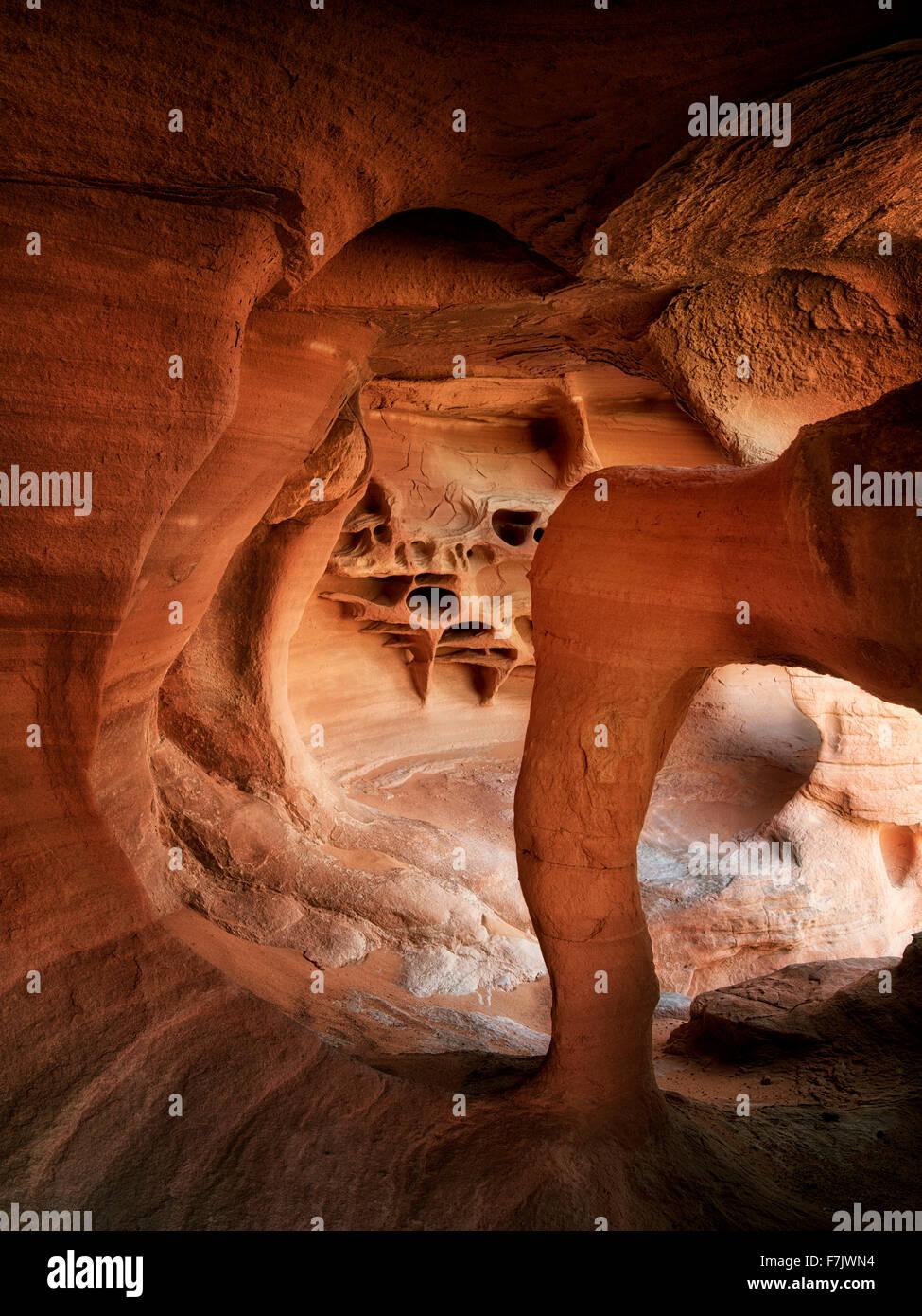 Windstone Arch. La Valle del Fuoco del parco statale, Nevada Immagini Stock