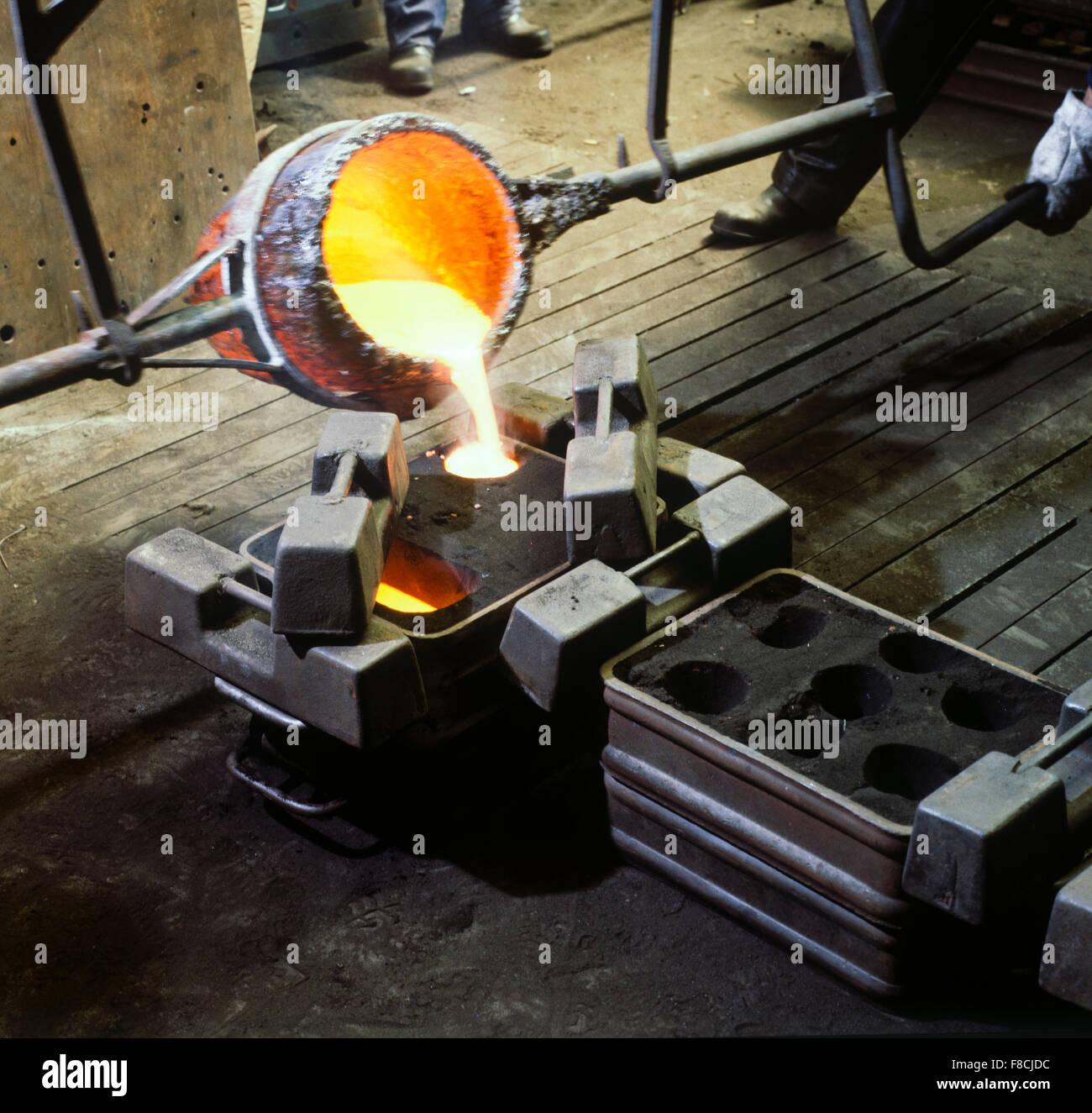 Metallo liquido infoundry Immagini Stock