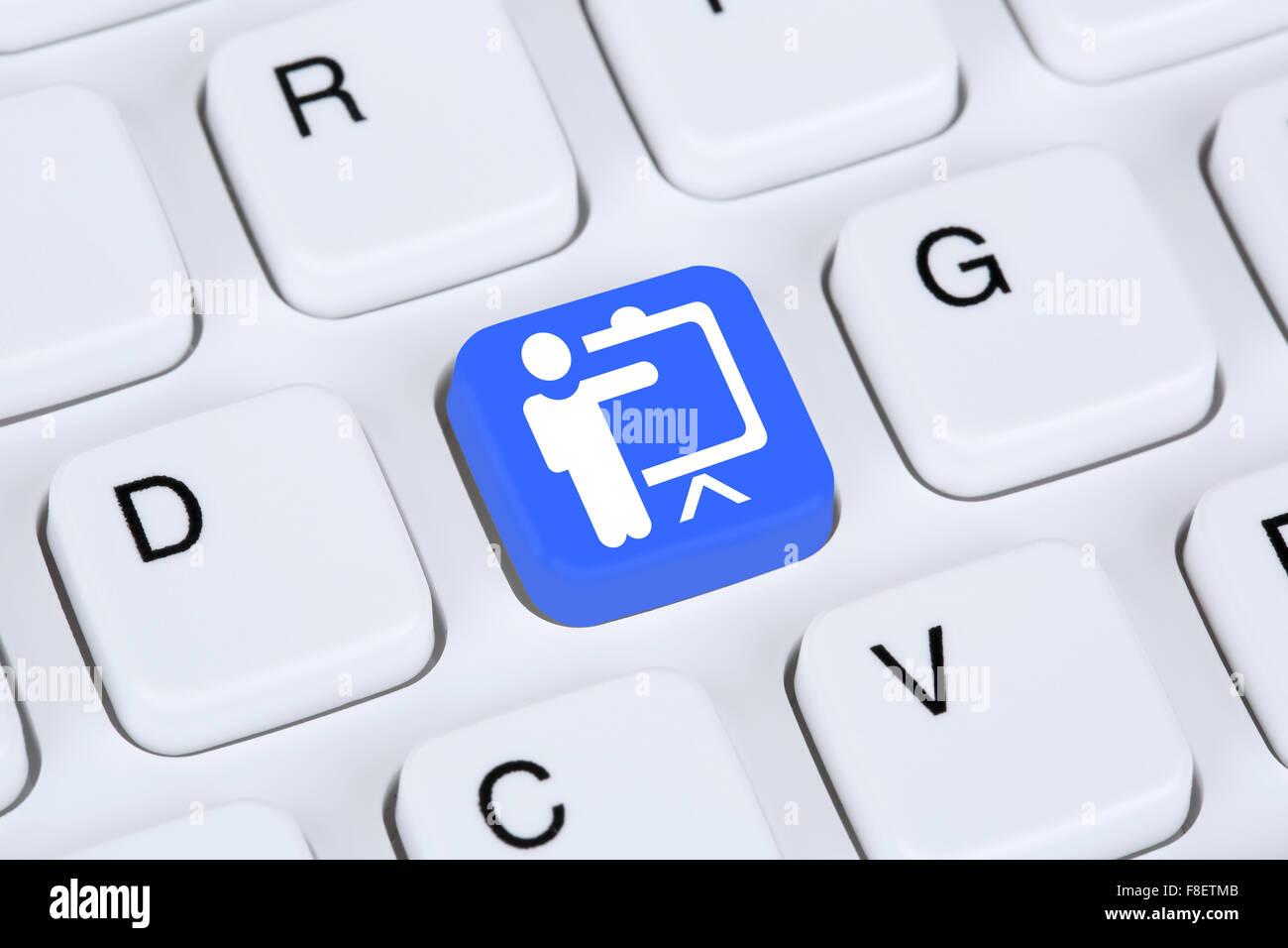 Formazione istruzione apprendimento coaching tecnologia workshop on-line su internet Immagini Stock